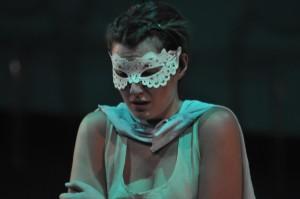 """Silvia in scena come Elena in """"Sogno di una Notte di Mezza Estate"""" (2015, Fondazione Teatro Fraschini)"""